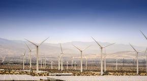 Poder sostenible de las turbinas de viento, Palm Springs Foto de archivo