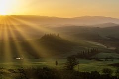 Podere belwederu willa przy wschód słońca, San Quirico d «Orcia, Włochy zdjęcie royalty free
