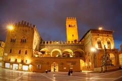podesta de palazzo de nuit de l'Italie de del de Bologna Image libre de droits