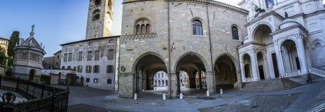 podesta för bergamo delitaly palazzo Arkivbilder