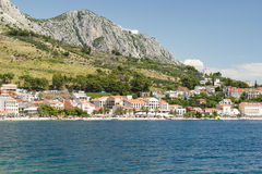 Podgora镇在克罗地亚 免版税库存图片