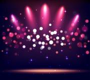 Podium lumineux de scène d'étape de support avec des lumières de tache sur la violette Photographie stock