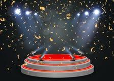 Podium med ljus och konfettier Royaltyfria Bilder