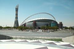 Podkłada ogień wierza i Khalifa międzynarodowy stadium wewnątrz Aspiruje strefę, Doha, Katar zdjęcia stock