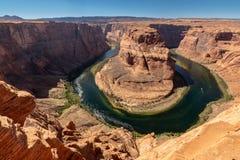 Podkowa chył blisko Grand Canyon w pustyni, Wycieczkuje teren ja zdjęcia stock