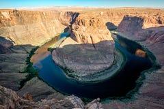 Podkowa chył na Kolorado rzece zdjęcia royalty free