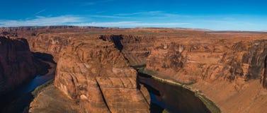 Podkowa chyłu meander Kolorado rzeka w roztoka jarze, Arizona zdjęcia stock