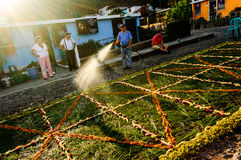Podlewanie wielkiego piątku pochodowy dywan, Antigua, Gwatemala Obraz Royalty Free