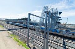 Podmiejscy metro pociągi w Springvale, Melbourne zdjęcie stock
