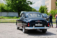 Podol, Ουκρανία - 19 Μαΐου 2016: Η πίσω άποψη πηγαίνει στο δρόμο gaz-12 Στοκ Εικόνα