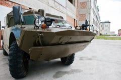 Podol, Ucraina - 19 maggio 2016: Milita corazzato anfibio dell'esploratore Immagine Stock