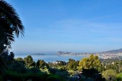 Podpalany widok ` zieleni wyspy ` z swój ikonowym rocher wymieniał ` belfra Eagle ` Fotografia Stock