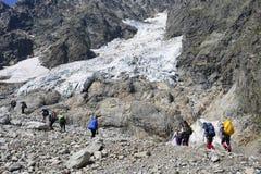 Podróżować w Kaukaskich górach w Gruzja Zdjęcia Stock