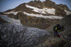 Podróżować w Kaukaskich górach w Gruzja Obrazy Royalty Free