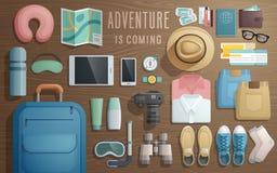 Podróżuje akcesoria przygotowywających dla wycieczki na drewnianym tle ilustracja wektor