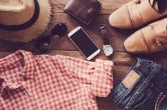 Podróżuje Ubraniowych akcesoriów odzież along dla wycieczki Zdjęcie Stock
