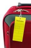 Podróży skrzynka i żółta etykietka Zdjęcie Stock