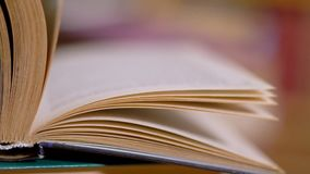 Podrzucać strony książka zbiory wideo