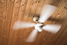 podsufitowy fan dachu nawiewnik drewniany Fotografia Royalty Free