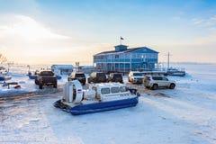 Poduszkowa transporter w Volga bulwarze w Samara, Rosja Fotografia Royalty Free