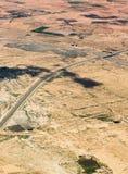 Podwójna kareciana autostrada na desenrt w Maroko, Afryka, widok z lotu ptaka Fotografia Stock