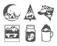 podwójny narażenia Przyrody pojęcie Ręki rysować plenerowe odznaki Dzika natura w czarny i biały kolorach royalty ilustracja