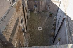 Podwórze dom w Rzym odgórnym widoku zdjęcia stock