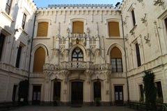 Podwórze Hlubokà ¡ nad Vltavou kasztel obrazy stock