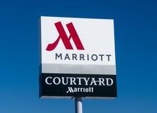 Podwórze Marriot powierzchowności logem i znakiem zdjęcia stock