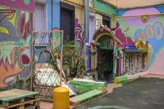 Podwórze mieszkanie dom z graffiti, St Petersburg, Rosja Obrazy Royalty Free