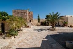 Podwórze monaster Moni Odigitrias obraz royalty free