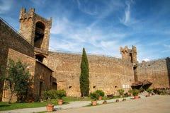 Podwórze Montalcino forteca w Val d ` Orcia, Tuscany, Włochy obrazy royalty free