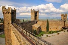 Podwórze Montalcino forteca w Val d ` Orcia, Tuscany, Włochy Obraz Royalty Free