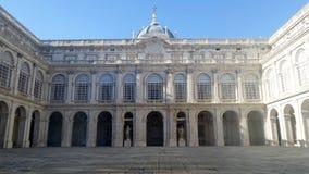 Podwórze pałac królewski w Madryt obrazy royalty free