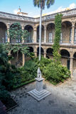 Podwórze Palacio De Los Capitanes Generales i miasta muzeum na Placu De Armas kwadracie - Hawańskim, Kuba obrazy royalty free