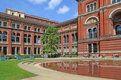 Podwórze przy Wiktoria Albert muzeum i, Londyn zdjęcie stock
