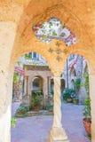 Podwórze przy willą Cimbrone w Ravello, Włochy Obraz Royalty Free