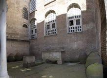 Podwórze St Sophia katedra Osmańscy pogrzeby fotografia stock