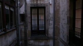 Podwórze stary budynek w gothic kwartalnym Barcelona zbiory