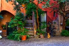 Podwórze w Rzym, Włochy zdjęcia stock