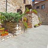 Podwórze w Włoskim miasteczku zdjęcie royalty free
