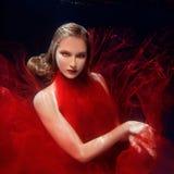 Podwodnego portreta ot młode piękne dziewczyny Zdjęcia Stock