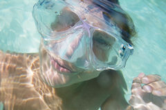 Podwodny portret chłopiec, snorkelling w masce obrazy royalty free