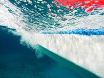 Podwodny wizerunek łódkowaty omijanie Zdjęcia Royalty Free