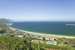 Podwyższoni sceniczni widoki na sposobie przylądka punkt, przylądek Dobra nadzieja na zewnątrz Kapsztad, Południowa Afryka Fotografia Stock