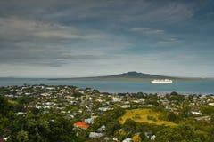 Podwyższony widok Rangitoto wyspa Zdjęcia Royalty Free