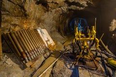 Podziemnej kopalni złota rudna wiertnicza maszyna obrazy stock