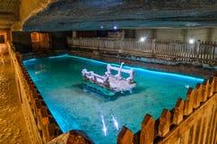 Podziemny jezioro od solankowej kopalni Cacica wioska, Suceava okręg administracyjny, Rumunia Obrazy Stock
