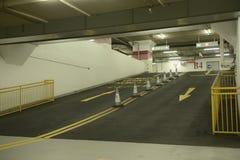 Podziemny parking samochodowy Zdjęcie Stock