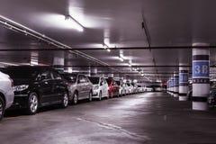 Podziemny samochodowy parking Fotografia Royalty Free